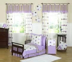 rideau pour chambre bébé rideau chambre fille chambre bebe fushia des rideaux pour