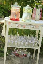 Shabby Chic Bridal Shower Decorations by Best 25 Shabby Chic Weddings Ideas On Pinterest Flowers For