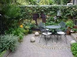 courtyard garden ideas garden designs designing a courtyard garden best 25 italian