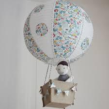 suspension chambre enfant luminaire montgolfière le en papier bébé et enfant décoration