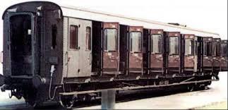 carrozze treni carrozze centoporte scalaenne note sparse treni ferrovie e