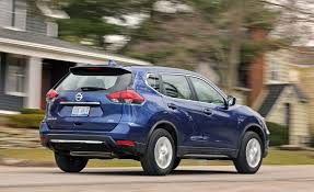 Ford Escape Fuel Economy - 2017 nissan rogue in depth model review car and driver