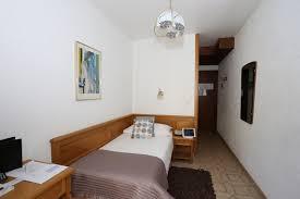chambre sur cour chambres chambre individuelle standard côté cour hotel ève
