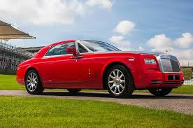 rolls royce gold and red top 12 coolest rolls royce special editions motor trend