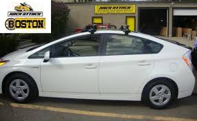 toyota prius moonroof toyota prius with the solar panel roof thule 480r rapid traverse
