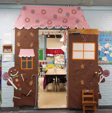 gingerbread house i made for christmas door decorating in 1st
