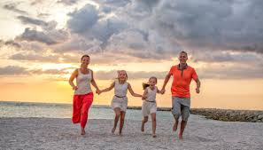 sunset family portrait photography at clearwater beach