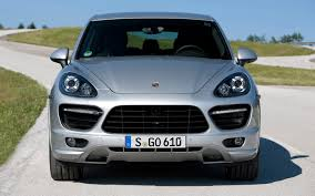 porsche truck 2013 2013 porsche cayenne information and photos zombiedrive