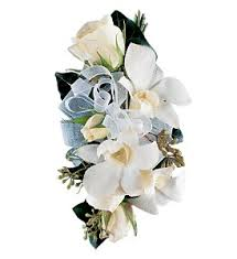 White Corsages For Prom Order Corsages U0026 Boutonnieres U0026 Prom Flowers In Mclean Bethesda