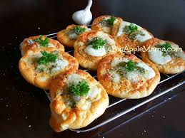 Garlic Bread In Toaster The Cloud Bread Returns Best Low Carb Bread W Garlic And Cheese