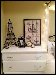 Paris Inspired Bedroom by 79 Best Paris Themed Bedroom Images On Pinterest Paris Rooms