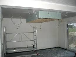 hotte de cuisine suspendue hotte cuisine plafond faux plafond de la cuisine et