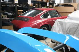 porsche garage workshop 5001 classic car garage automobile magazine
