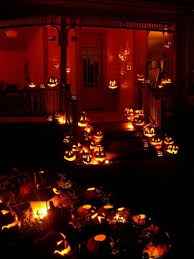 20 halloween house decorations that put your efforts to shame