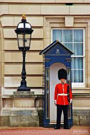 How Many Bathrooms In Buckingham Palace by 55 Best Buckingham Palace U0026 Windsor Castle Images On Pinterest
