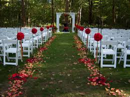 outdoor wedding ideas on a budget budget wedding ideas weddingspies fall outdoor wedding