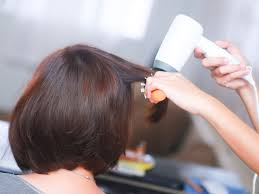 flip hair upsidedown and cut 3 ways to blow dry layered hair wikihow