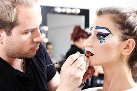 makeup artist how to become a special effects makeup artist beauty schools