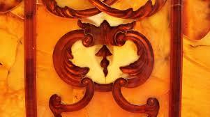 la chambre d ambre photos la réplique taille ré du cabinet d ambre de le grand à