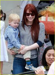 bryce dallas howard daughter of ron howard with her son theo