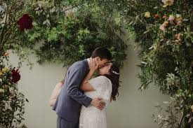 wedding photo backdrops wedding backdrops that are gorgeous af a practical wedding