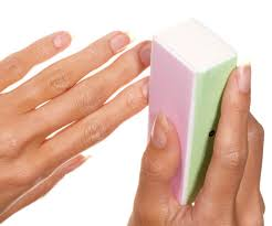 learn how to take off gel nail polish at home