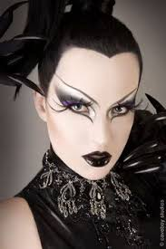 fierce enchanting and very y eye makeups are essential for a witch costume you can try pretty makeup