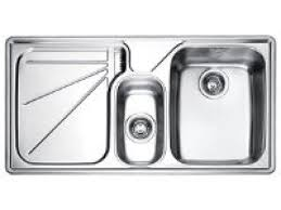 kitchen sinks faucets how to pro quality sinks and faucets hgtv