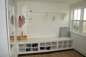 Laundry Room And Mudroom Design Ideas - 22 attractive and functional mudroom designs page 4 of 5