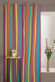 rideau chambre bébé jungle rideau coton x cm motif rayures multicolores chambre bébé jungle