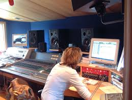 exclusive tips for recording best music at studio mtt open