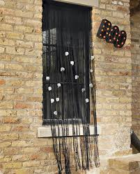 58 homemade door decorations for spooky halloween with a fake
