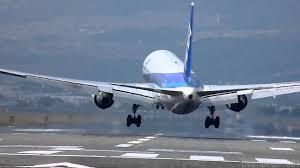 crosswind landings of 21 airplanes at osaka airport youtube