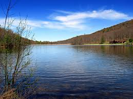 Pennsylvania lakes images Fall foliage 2015 11 lakes in pennsylvania to visit to see the jpg