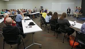 more disagreement at linn county minimum wage forum the gazette