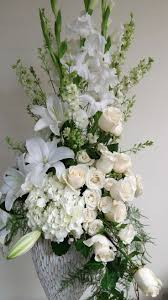 Flower Arrangements For Tall Vases The 25 Best Tall Flower Arrangements Ideas On Pinterest Tall