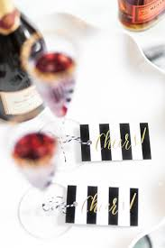 love these holiday cocktail party ideas especially the water with