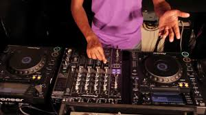 dj table for beginners what equipment do i need to dj at a club