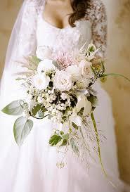 wedding bouquet flowers favorite wedding bouquets of 2015 brides