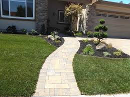 simple front walkways landscaping 23 front yard walkway ideas