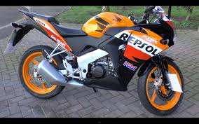 honda repsol cbr125r review youtube