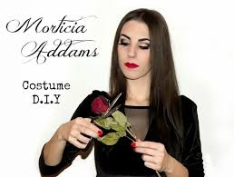 Morticia Addams Dress The 25 Best Morticia Addams Halloween Costume Ideas On Pinterest