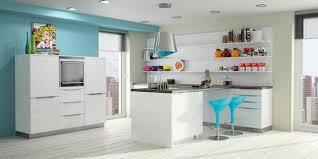 cuisine blanche mur taupe cuisine bleu et blanc