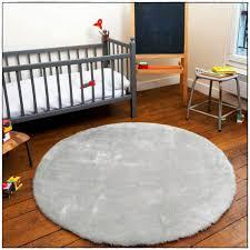 tapis rond chambre bébé tapis rond chambre bébé idées de décoration à la maison across