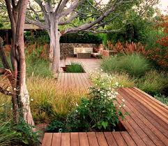 Backyard Flooring Ideas by 4 Stylish Outdoor Flooring Materials Present Contemporary Outdoor