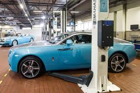 rolls rolls royce vilniuje atidarytas u201erolls royce u201c automobilių servisas delfi auto