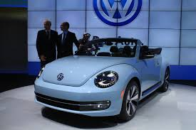 volkswagen bug 2013 2013 volkswagen beetle convertible live images 2012 los angeles