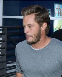 what is going on with travis fimmels hair in vikings 689 best travis fimmel images on pinterest cowboys and hot men