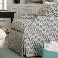 Bedroom Furniture Nashville by Paula Deen By Craftmaster Paula Deen Upholstered Accents Skirted