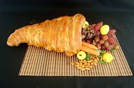 bread cornucopia thanksgiving centerpiece 5 steps with pictures